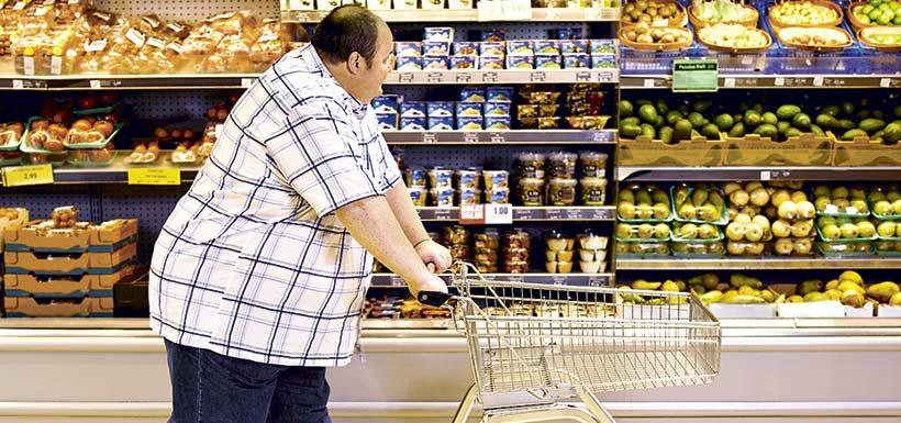 Informe advierte sobre los costos económicos de la obesidad en Chile