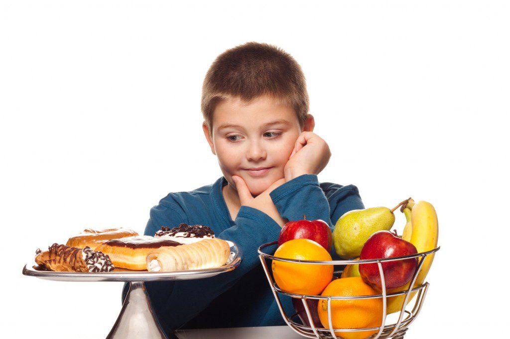 Lanzan plan para combatir la obesidad en los escolares